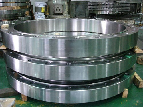 A stack of aluminum rolled rings